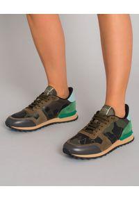 Brązowe sneakersy VALENTINO moro