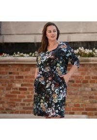 Sukienka dla puszystych Moda Size Plus Iwanek z dekoltem w kształcie v, w kolorowe wzory, na jesień