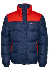 Tommy Jeans Kurtka puchowa Corp DM0DM09379 Granatowy Regular Fit. Kolor: niebieski. Materiał: puch