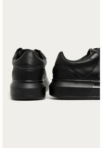 Czarne sneakersy Guess Jeans na sznurówki, z cholewką, z okrągłym noskiem
