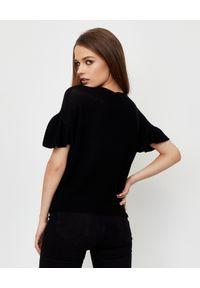 LE TRICOT PERUGIA - Czarna bluzka z falbankami. Typ kołnierza: kołnierz z falbankami. Kolor: czarny. Materiał: bawełna, materiał. Styl: klasyczny, elegancki