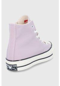 Converse - Trampki. Nosek buta: okrągły. Zapięcie: sznurówki. Kolor: fioletowy. Materiał: guma