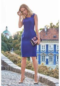 MOE - Chabrowa Wieczorowa Ołówkowa Sukienka z Ciekawym Dekoltem. Kolor: niebieski. Materiał: poliester, wiskoza, wełna. Typ sukienki: ołówkowe. Styl: wizytowy