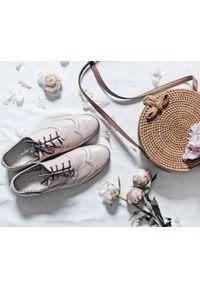 Różowe półbuty Zapato na co dzień, wąskie, w kolorowe wzory, z cholewką