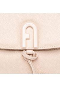 Beżowa torebka klasyczna Furla skórzana