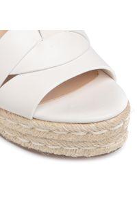 Białe sandały Steve Madden na co dzień, casualowe