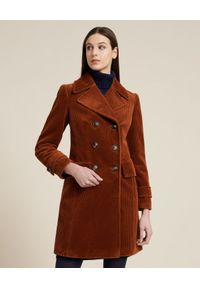 Luisa Spagnoli - LUISA SPAGNOLI - Bawełniany dwurzędowy płaszcz Slow. Kolor: brązowy. Materiał: bawełna. Długość rękawa: długi rękaw. Długość: długie. Styl: klasyczny