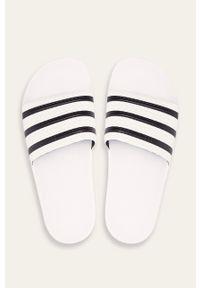 adidas Originals - Klapki Adilette. Kolor: biały