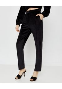 LOVE & ROSE - Czarne welurowe spodnie North. Kolor: czarny. Materiał: welur