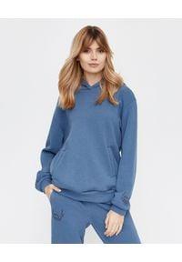 LOVE & ROSE - Oversizowa bluza z kapturem Nelly Jeans. Typ kołnierza: kaptur. Kolor: niebieski. Materiał: jeans