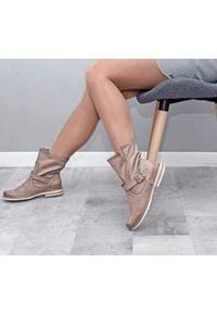 Botki Zapato w kolorowe wzory, bez zapięcia, wąskie