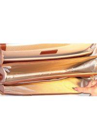 Teczka na laptopa MCKLEIN Flournoy 15.6 cali Brązowy. Kolor: brązowy. Materiał: skóra. Styl: elegancki #4