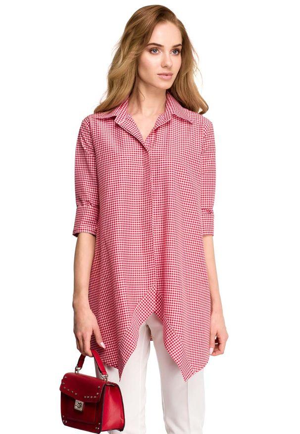 MOE - Asymetryczna Luźna Koszula w Czerwoną Drobną Kratkę. Kolor: czerwony. Materiał: elastan, wiskoza, poliester. Wzór: kratka