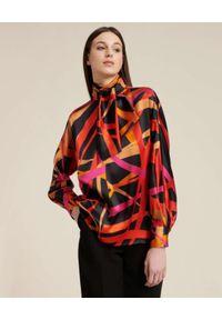 Luisa Spagnoli - LUISA SPAGNOLI - Jedwabna koszula LAOS. Typ kołnierza: kokarda. Kolor: czarny. Materiał: jedwab. Wzór: nadruk