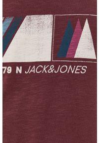Jack & Jones - T-shirt bawełniany. Okazja: na co dzień. Kolor: fioletowy. Materiał: bawełna. Wzór: nadruk. Styl: casual