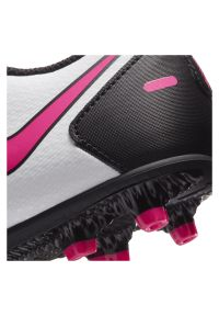 Buty piłkarskie korki dla dzieci Nike Phantom GT Club MG CK8479. Zapięcie: sznurówki. Materiał: syntetyk. Szerokość cholewki: normalna. Sport: piłka nożna