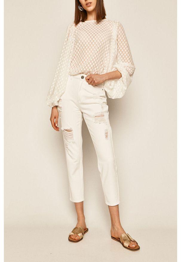 Białe jeansy medicine boho, w kolorowe wzory