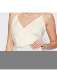Creole - Torebka CREOLE - S10406 Biały. Kolor: biały. Materiał: skóra
