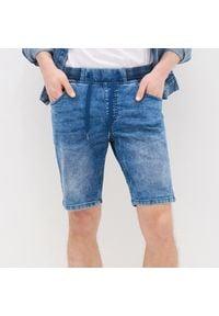 House - Jeansowe szorty - Niebieski. Kolor: niebieski. Materiał: jeans