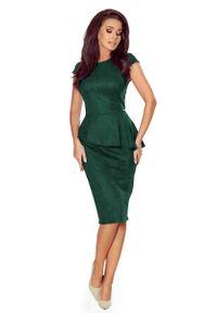 Numoco - Elegancka Ołówkowa Sukienka Midi z Asymetryczną Baskinką - Zielona. Kolor: zielony. Materiał: poliester, elastan. Typ sukienki: baskinki, ołówkowe, asymetryczne. Styl: elegancki. Długość: midi