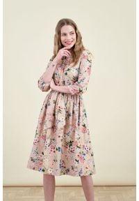Marie Zélie - Sukienka Aglaia Cosmo. Typ kołnierza: kołnierzyk stójkowy. Materiał: bawełna, materiał, elastan. Wzór: kwiaty