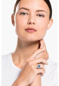 Srebrny pierścionek Swarovski metalowy, z kryształem