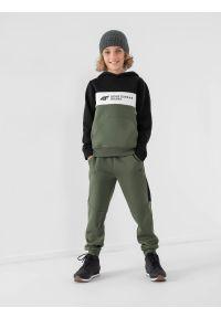 4f - Spodnie dresowe joggery chłopięce. Kolor: morski. Materiał: dresówka