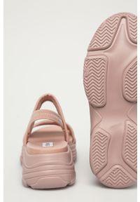 Sandały Steve Madden gładkie, bez obcasa
