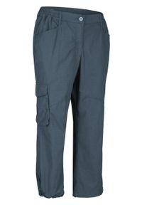 Niebieskie spodnie bonprix krótkie