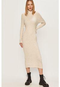 Beżowa sukienka Answear Lab wakacyjna, prosta