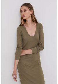 Samsoe & Samsoe - Samsoe Samsoe - Sukienka. Kolor: zielony. Materiał: wiskoza, dzianina, materiał. Długość rękawa: długi rękaw. Wzór: gładki. Typ sukienki: dopasowane