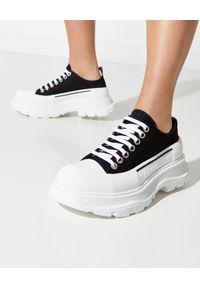 Czarne sneakersy Alexander McQueen z aplikacjami, tenisowe