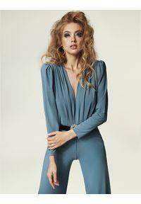 Madnezz - Kombinezon Sally - brudny niebieski. Kolor: niebieski. Materiał: wiskoza, elastan. Sezon: lato