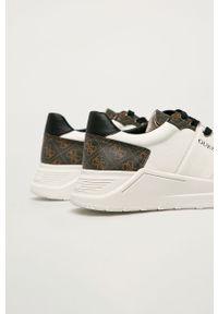 Białe sneakersy Guess Jeans na sznurówki, z cholewką