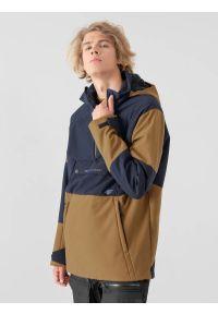 4f - Bluza snowboardowa z softshellu membrana 8 000 męska. Typ kołnierza: kaptur. Kolor: beżowy. Materiał: softshell, dzianina, materiał. Sezon: zima. Sport: snowboard