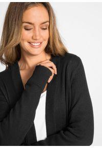 Długi sweter dzianinowy bez zapięcia, długi rękaw bonprix czarny. Kolor: czarny. Materiał: dzianina. Długość rękawa: długi rękaw. Długość: długie