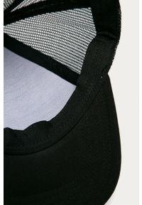 Czarna czapka z daszkiem Fila z nadrukiem