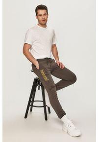 Napapijri - Spodnie. Okazja: na co dzień. Kolor: szary. Wzór: nadruk. Styl: casual