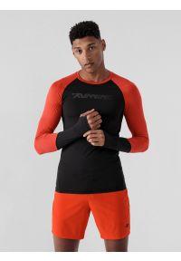 4f - Longsleeve do biegania slim szybkoschnący męski. Kolor: czarny. Materiał: włókno, materiał. Długość rękawa: długi rękaw. Długość: długie