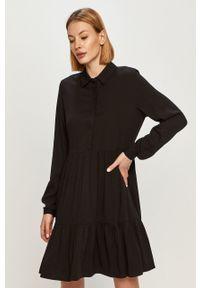 Vila - Sukienka. Kolor: czarny. Materiał: tkanina. Długość rękawa: długi rękaw. Wzór: gładki. Typ sukienki: rozkloszowane