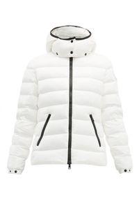 MONCLER - Biała kurtka Bady. Kolor: biały. Materiał: puch. Długość rękawa: długi rękaw. Długość: długie