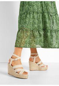 Beżowe sandały bonprix na koturnie, z paskami