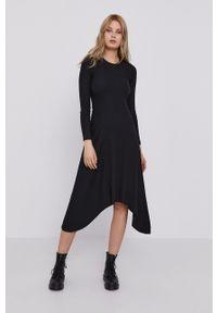 AllSaints - Sukienka. Kolor: czarny. Materiał: dzianina. Długość rękawa: długi rękaw. Wzór: gładki. Typ sukienki: rozkloszowane