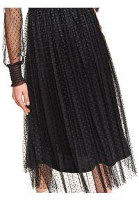 Czarna sukienka TOP SECRET koszulowa, ze stójką