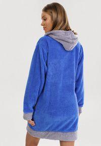 Niebieski szlafrok Born2be