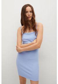 mango - Mango - Sukienka NUVERTU1. Kolor: niebieski. Materiał: włókno, dzianina. Długość rękawa: na ramiączkach. Typ sukienki: dopasowane