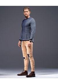 GUNS & TUXEDOS - Granatowy sweter Edox. Kolor: niebieski. Materiał: jeans, guma, materiał. Długość rękawa: bez rękawów. Długość: długie. Wzór: aplikacja. Styl: klasyczny