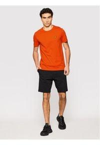 Lyle & Scott T-Shirt Plain TS400VOG Pomarańczowy Regular Fit. Kolor: pomarańczowy