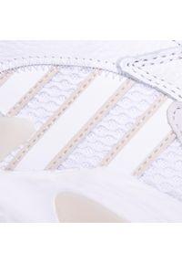 Białe półbuty Adidas z cholewką, klasyczne