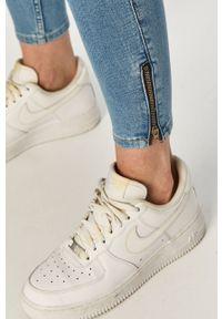 Niebieskie jeansy Lee gładkie, z podwyższonym stanem